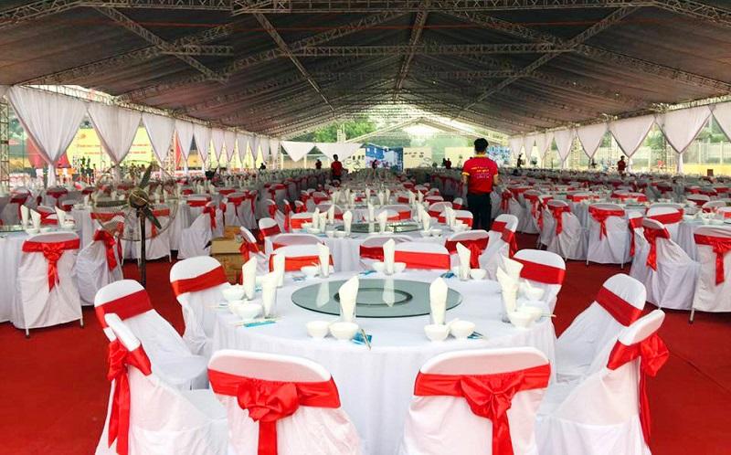 Những lưu ý khi chọn dịch vụ nấu tiệc cưới hỏi tại nhà